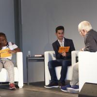 """lit.RUHR 2018: Die Moderatoren des """"Schüler für Schüler""""-Projektes mit Christoph Scheuring © Palazzo"""