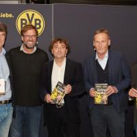 lit.RUHR 2019: Werner Köhler (lit.RUHR), Jürgen Klopp, Michael Horeni, Hans-Joachim Watzke und Johannes Jacob (C. Bertelsmann Verlag) © plzzo.com/lit.RUHR