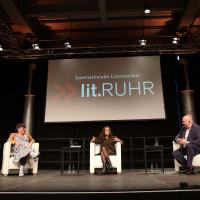 lit.RUHR 2021: Marie-Christine Knop, Mona Ameziane & Jörg Thadeusz ©Ast/Juergens