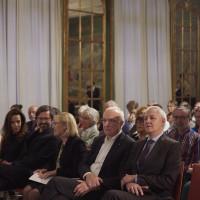 7.10.17: Ehrengäste der Alfried Krupp von Bohlen und Halbach-Stiftung: Prof. Dr. Dr. h. c. Ursula Gather (Kuratoriumsvorsitzende), Dr. h. c. Fritz Pleitgen (Mitglied des Kuratoriums) und Dr. Thomas Kempf (Mitglied des Vorstandes  und Leiter der Förderabteilung) in der Villa Hügel. (v.l.n.r.) © KandalowskiGieseler